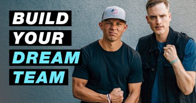 How to Build a Dream Team as an Entrepreneur (From Scratch)
