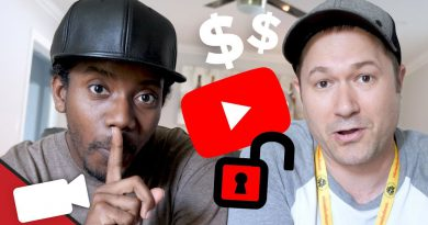 The Right (& Wrong) Way To Grow Your Revenue on YouTube [with Roberto Blake]