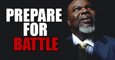 UNDER ATTACK | Powerful Motivational speech (TD Jakes , Les Brown & Jim Rohn)