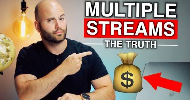 How I Built Multiple Streams Of Income by Age 30 🤑 (Earns $40,000+ Per MONTH!)