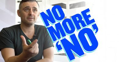 What Saying 'No' to TiKTok Really Says About You | DailyVee 595