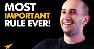 How to START BELIEVING in Yourself!   Evan Carmichael BEST ADVICE   #MentorMeEvan