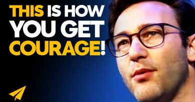 How to ACTUALLY Build COURAGE Even if You Have NONE! | Simon Sinek | #Entspresso