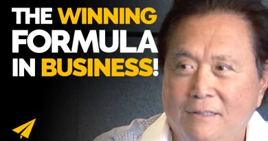 The BEST FORMULA for Finding GOOD PEOPLE to Work WITH! | Robert Kiyosaki | #Entspresso