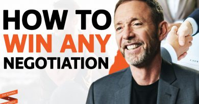 FBI Negotiator's 6 Secrets For WINNING ANY EXCHANGE In Life (Art Of NEGOTIATION)| Chris Voss
