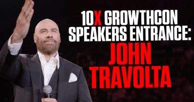 10X Growth Con 2020 Speakers Entrance: John Travolta