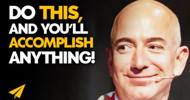 Be STUBBORN on VISION and FLEXIBLE on DETAILS! | Jeff Bezos | #Entspresso