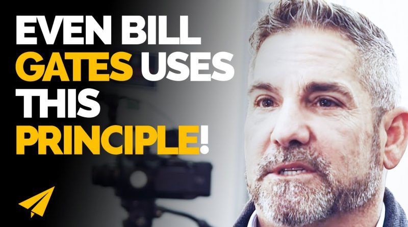 THIS is Why MEN Have an ADVANTAGE in Social Media Over WOMEN! | Grant Cardone| #Entspresso