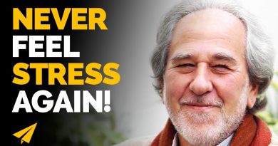 How Changing Your Story Can Change Your Life | Dr. Bruce Lipton on How to Reprogram Your Mind