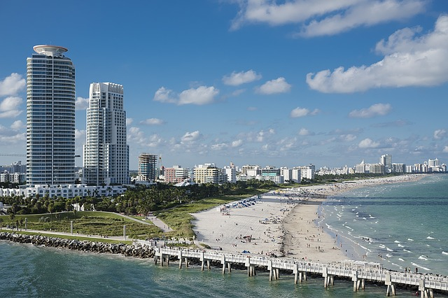 Luxury High Rise Community In South Beach, Miami
